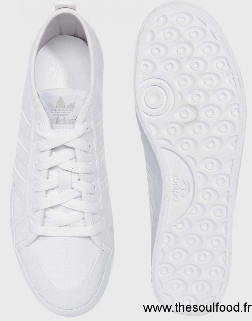 design de qualité 11742 c593f Honey Baskets Basses Blanc Adidas Originals Toile En Femme ...