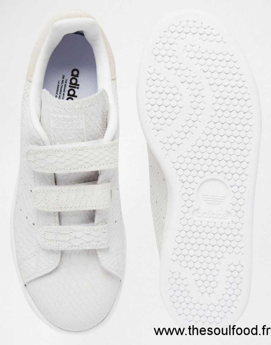 stan smith scratch adidas store shop adidas for the latest styles. Black Bedroom Furniture Sets. Home Design Ideas