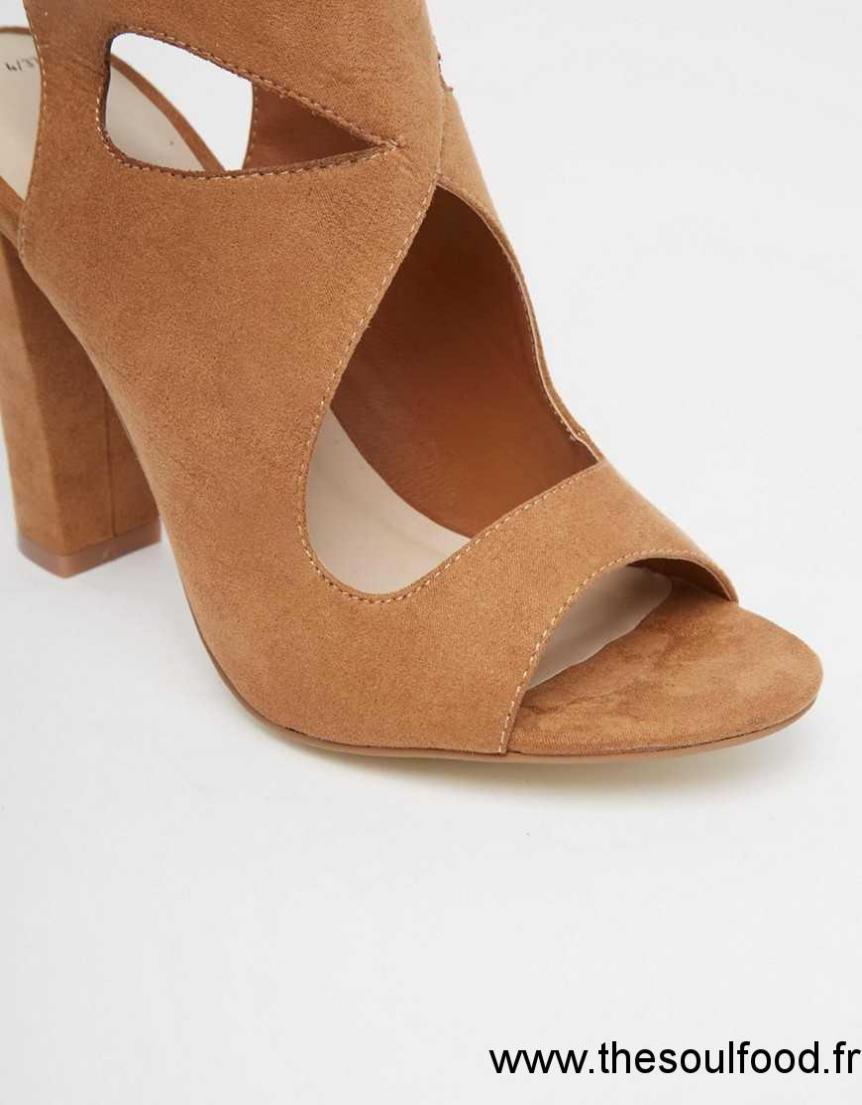 new look chaussures en daim talon carr avec bride nouer l 39 arri re femme fauve. Black Bedroom Furniture Sets. Home Design Ideas