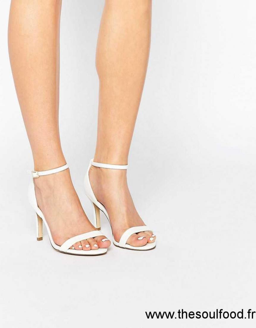 cc0a85caebd570 New Look - Sandales Minimalistes Larges À Talons Femme Blanc Chaussures |  New Look France ZP74003065