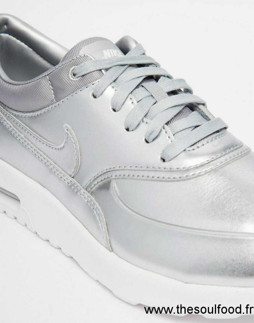 78e8cb1c9ed Chaussures Baskets Nike Femme Term Air Max Argenté Tytzq Thea TFJlKc1