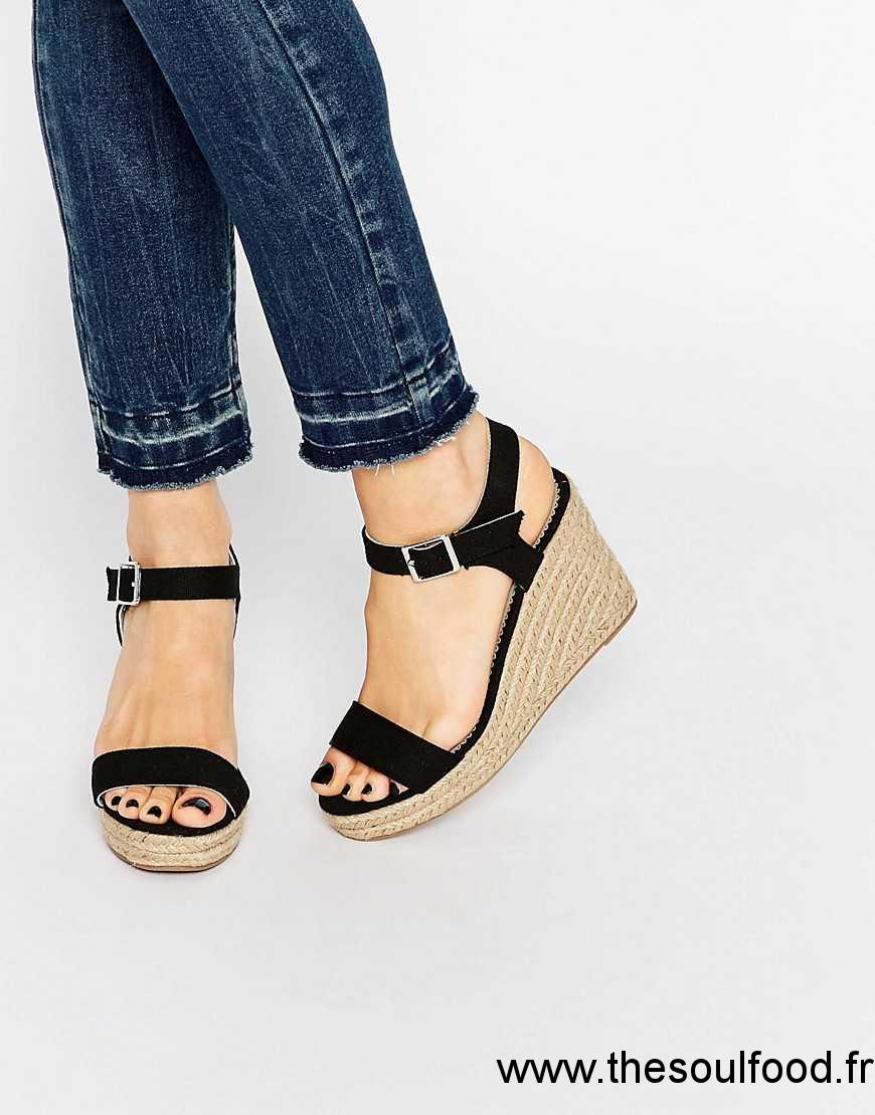 d8642e226f59a3 Pieces - Halloumi - Sandales Compensées Style Espadrilles - Noir Femme Noir  Chaussures | Pieces France EC13003480
