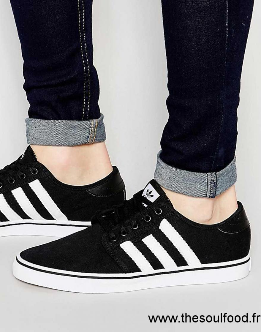 meilleur site web 73f97 111ae Fred Perry - Spencer - Baskets En Toile Homme Blanc ...