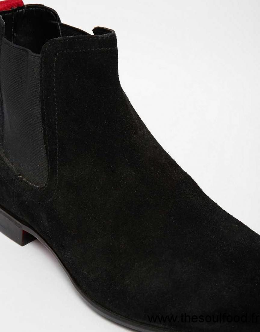 asos bottines chelsea en daim homme noir chaussures asos france zp46001191. Black Bedroom Furniture Sets. Home Design Ideas