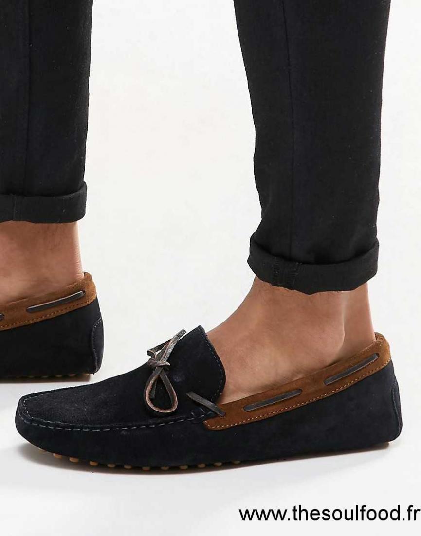 asos chaussures de conduite en daim homme marine fauve chaussures asos france et00001392. Black Bedroom Furniture Sets. Home Design Ideas