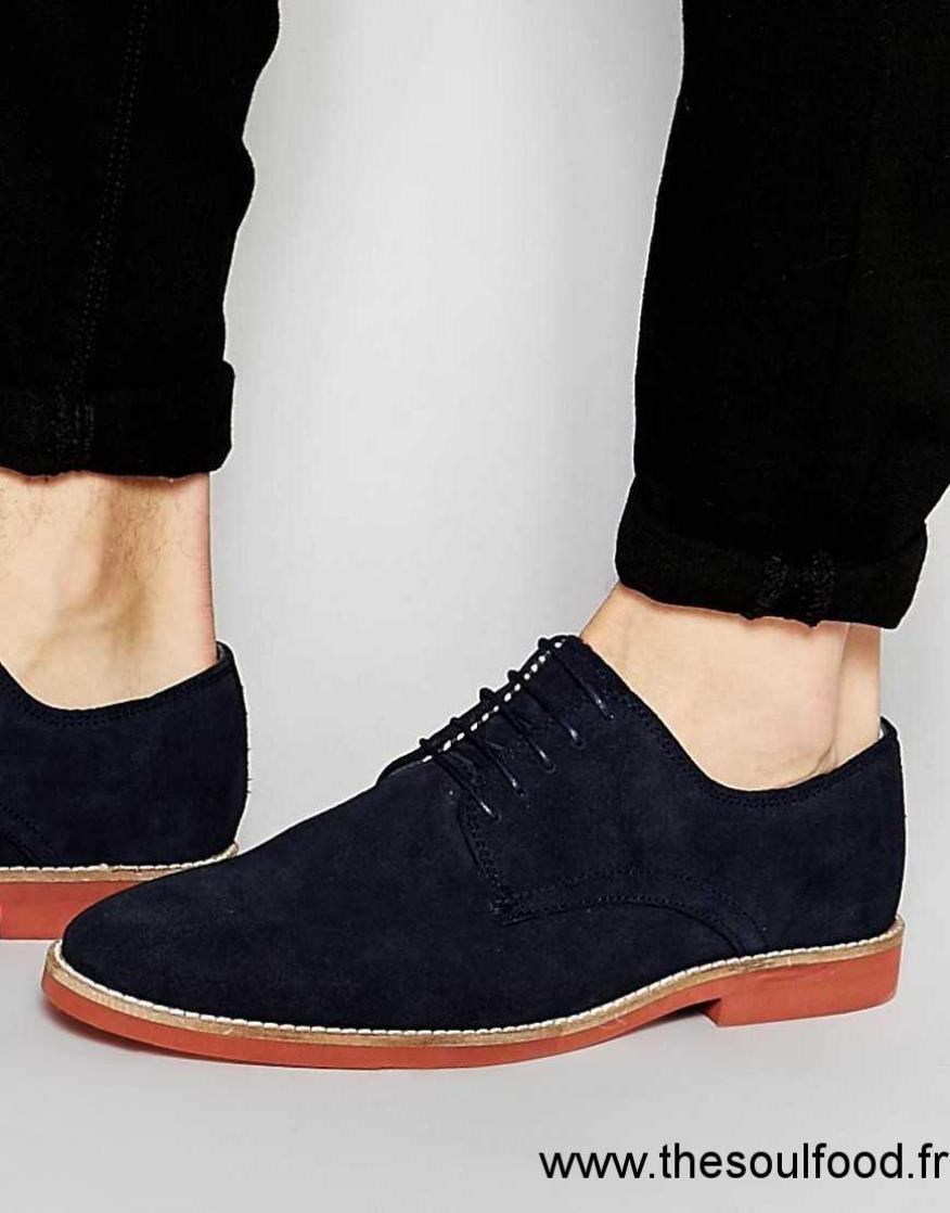 asos chaussures derby en daim avec semelle contrastantes bleu marine homme bleu marine. Black Bedroom Furniture Sets. Home Design Ideas