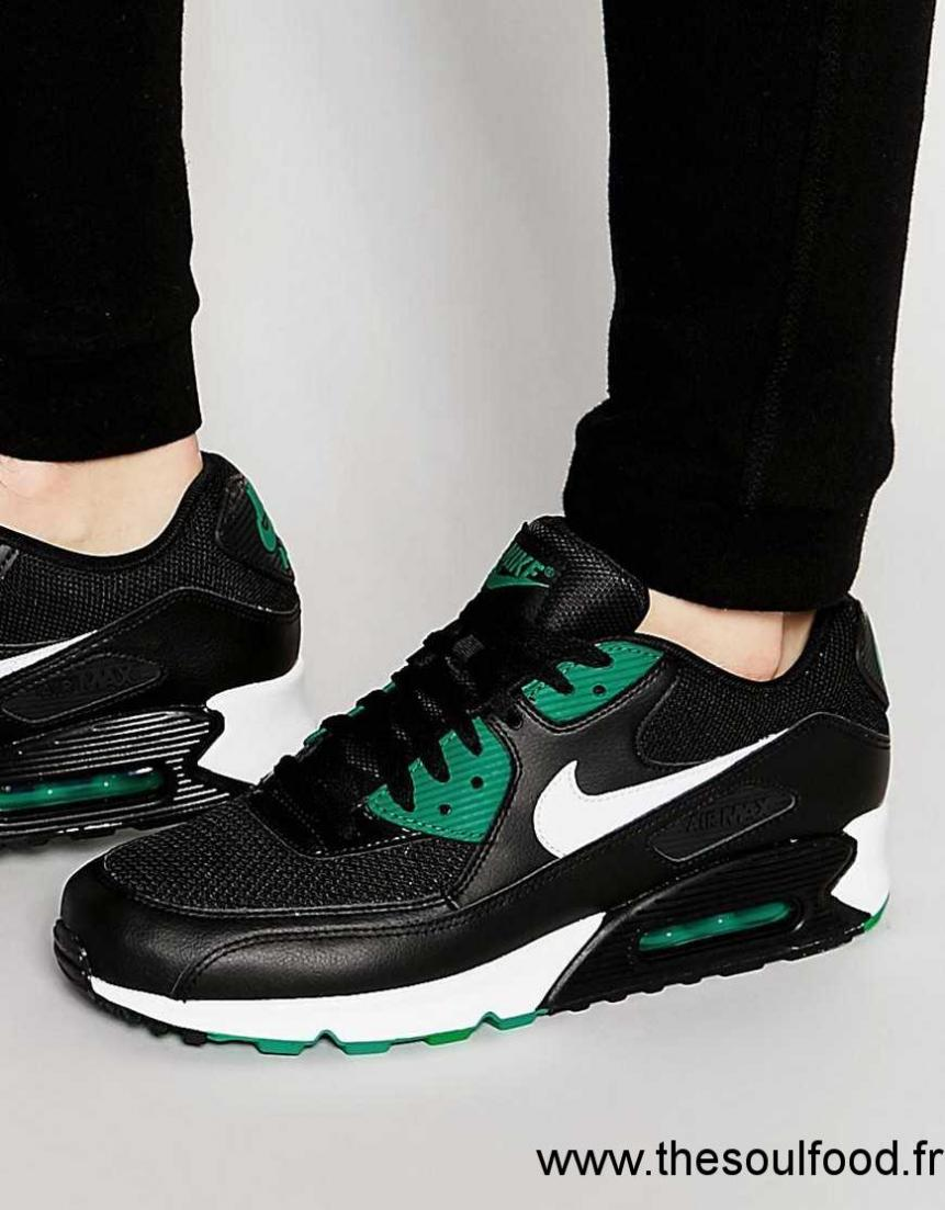 nike air max 90 essential baskets 537384 054 homme noir chaussures nike france zu88003377. Black Bedroom Furniture Sets. Home Design Ideas