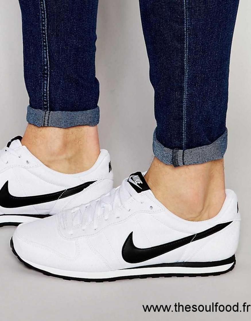 a2bf6f76c8c8d Nike - Genicco 833400-101 - Baskets En Toile Homme Blanc Chaussures   Nike  France