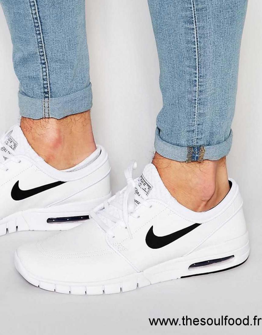 chaussures nike en cuir